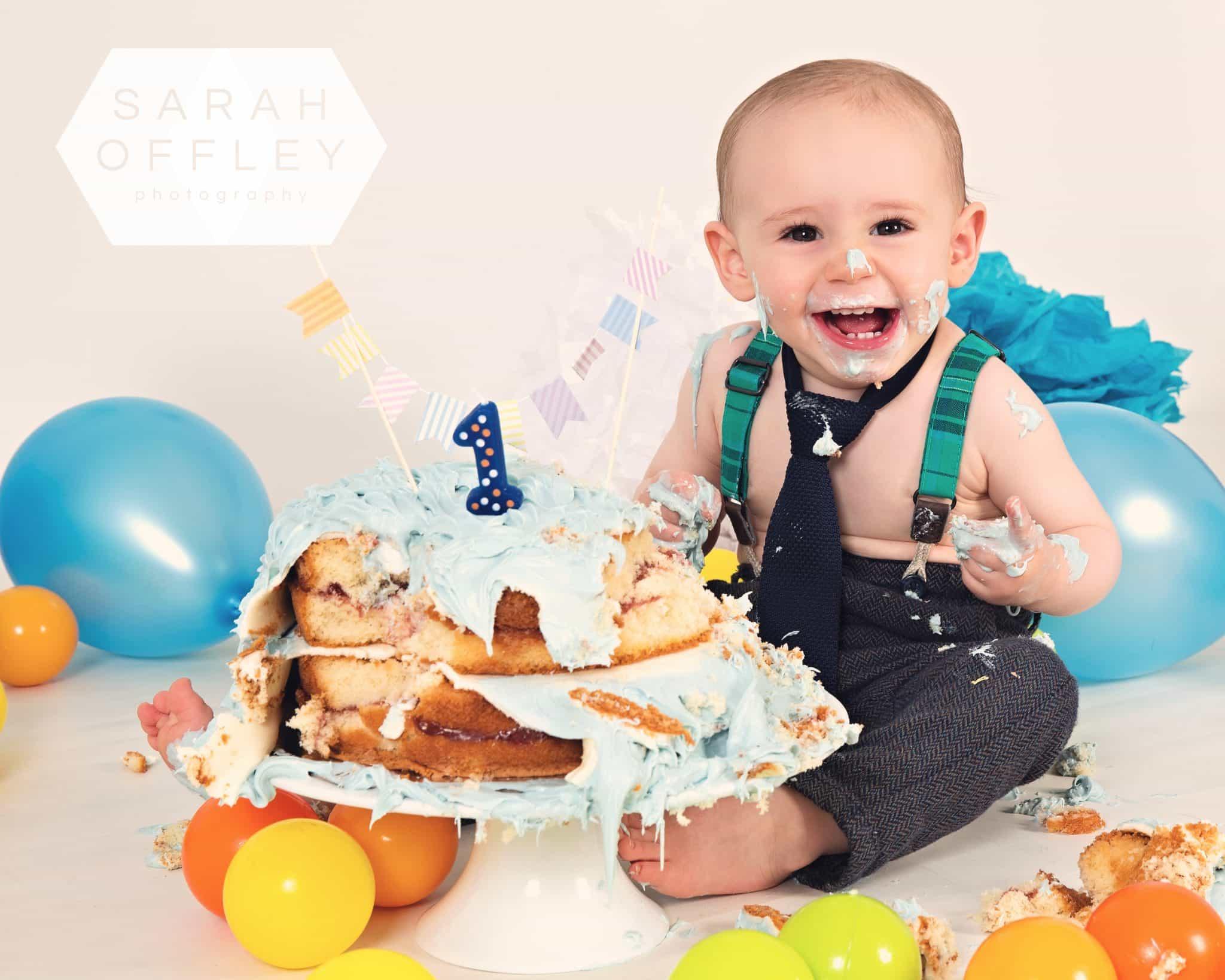1st birthday cake smash wirral